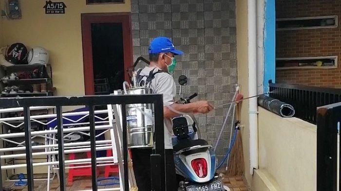 Warga di Bogor Urunan Dana Beli Alat Semprot dan Cairan Disinfektan Cegah Virus Corona