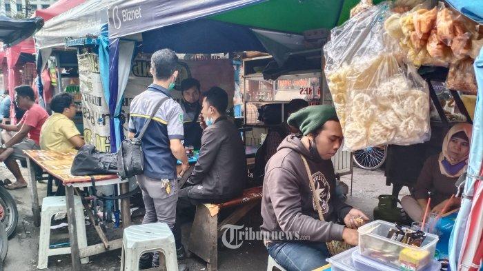 Makan di Warung Kini Dibatasi 20 Menit, Luhut Minta Jangan Banyak Ngobrol