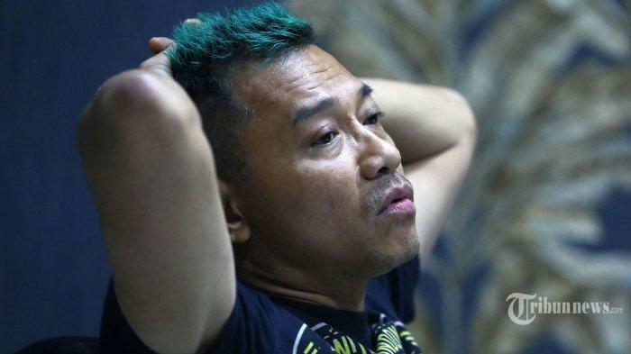 Musisi Anang Hermansyah menjawab pertanyaan saat wawancara khusus dengan Tribunnews.com di Jakarta, Selasa (11/2/2020). TRIBUNNEWS/IRWAN RISMAWAN