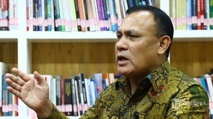 Ketua KPK Firli Bahuri menjawab pertanyaan saat wawancara khusus dengan Tribunnews.com di gedung KPK, Jakarta, Selasa (21/1/2020). TRIBUNNEWS/IRWAN RISMAWAN