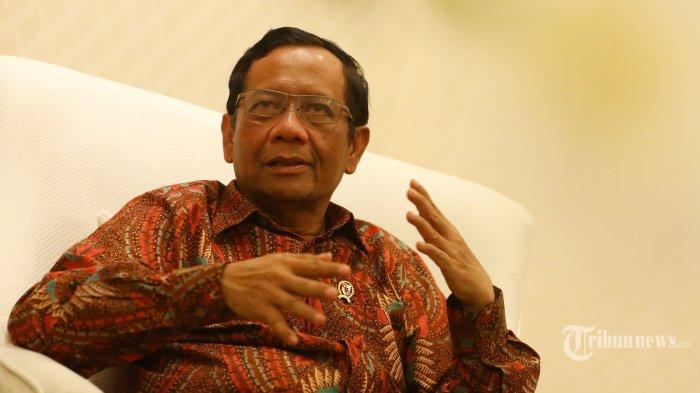 Terkait Aturan Wajib Jilbab bagi Siswi Non-Muslim di Padang, Mahfud MD Berikan Tanggapannya