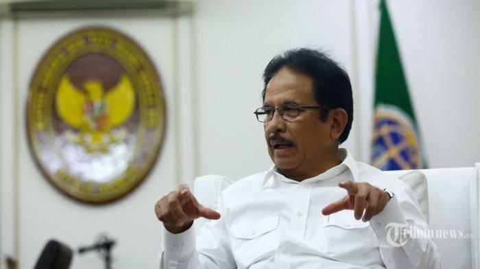 Kementerian ATR/BPN Serahkan Sertifikat Hak Pakai dan Hasil Redistribusi Tanah