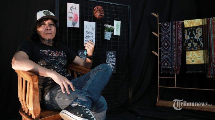Eet Sjahranie Tak Ingin Mewariskan Profesinya Sebagai Musisi, Ketiga Anaknya Kini Jago Main Gitar