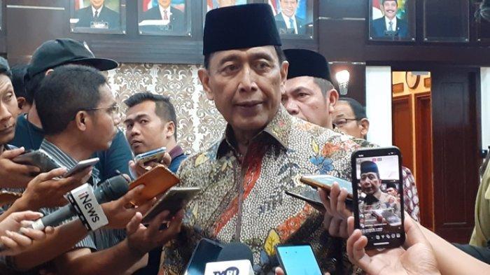 Menteri Koordinator Politik, Hukum dan Keamanan (Menko Polhukam) Wiranto