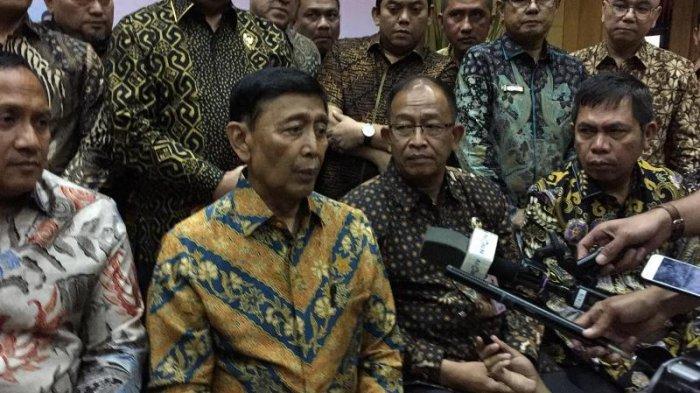 Hadiri Silaturahmi dengan Pegawai Kemenkopolhukam, Wiranto Mengaku Belum 100 Persen Pulih