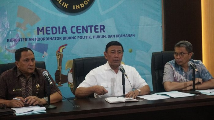 Wiranto Minta Tidak 'Menggoreng' Isu Pembakaran Bendera di Garut