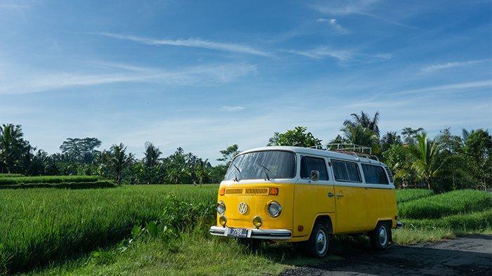 Wisata campervan di Bali.