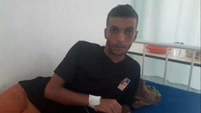 Seorang Warga Negara Asing (WNA) yang diduga asal Aljazair saat dirawat di RSUPP Betun, Kabupaten Malaka, Minggu (12/1/2020).
