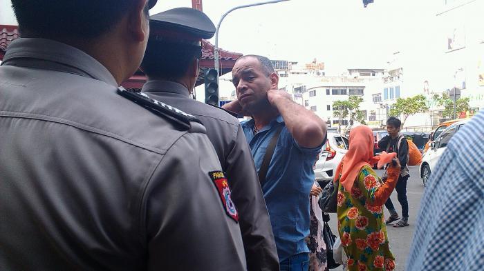 WNA Asal China Jadi Korban Jambret di Surabaya