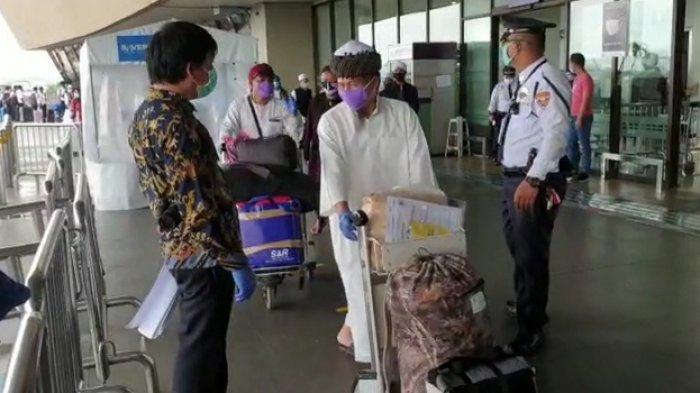 Sebanyak 95 warga negara Indonesia (WNI) di Filipina pulang ke Indonesia lewat repatriasi mandiri pada Kamis (14/5/2020)