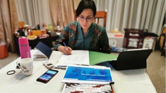 Demi Menolong UMKM, Sri Mulyani Ajak Masyarakat Jajan di Warteg