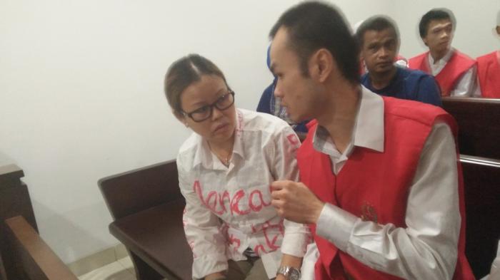 Warga Hongkong Disidang Kepemilikan 520 Ribu Ekstasi, Penyidik Polisi Tak Hadir