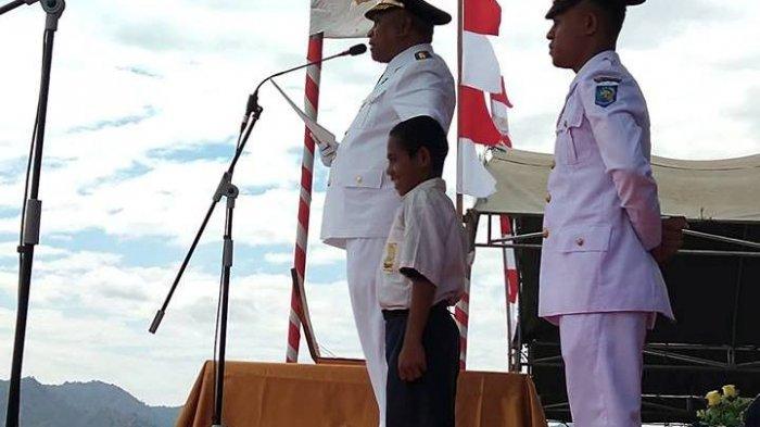 Kemkominfo Undang Johny Gala Siswa SMP Pemanjat Tiang Bendera Hadiri Peresmian Kantor Baru BAKTI