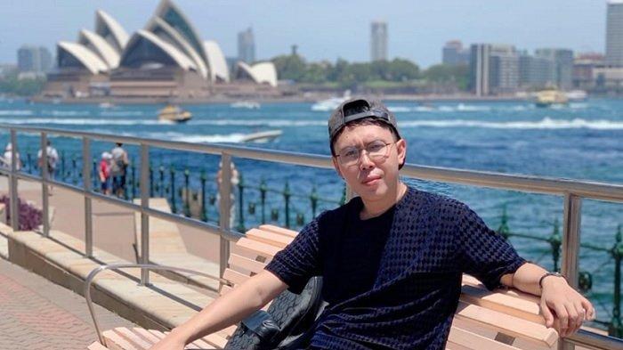 Keranjingan Traveling, Selebgram Mister Randii Melancong ke 44 Negara