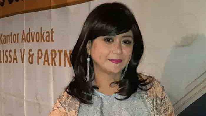 Yuyun Sukawati ketika ditemui saat jumpa pers di kawasan Menteng, Jakarta Pusat, Rabu (14/4/2021) petang, didampingi tim pengacara dari Lissa V and Partners.