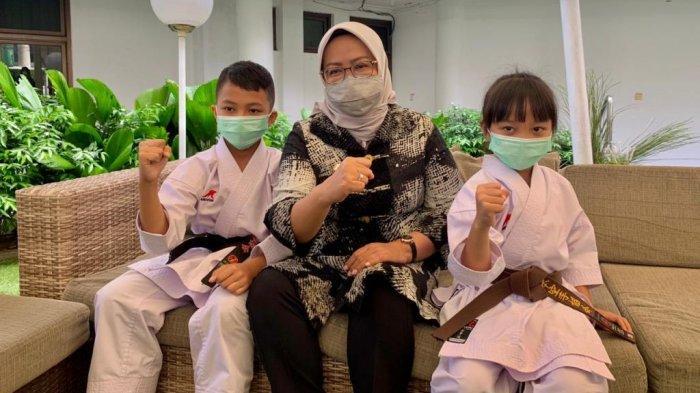 Cerita Kakak Beradik Juara Karate Dunia Kategori U-11 dan U-7: Wasitnya Ngantuk, Jadi Disuruh Ulang