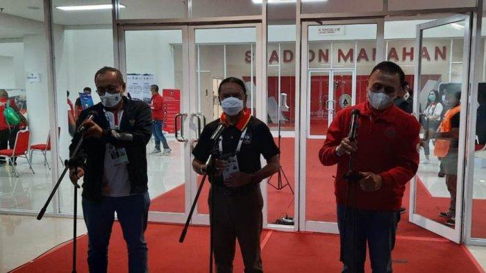 Menpora Zainudin Amali Turut Jalani Prokes Ketat Sebelum Memasuki Stadion Manahan Solo