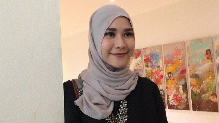 Demi Idealisme Suami, Zaskia Adya Mecca Berbisnis Siasati Finansial Keluarga