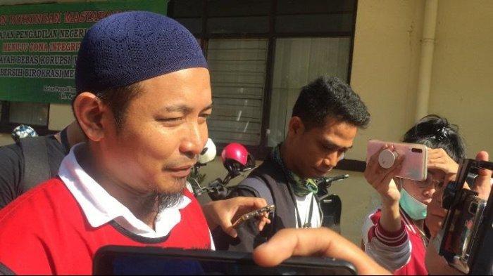Zul 'Zivilia' ditemui di Pengadilan Negeri Jakarta Utara, Senin (21/10/2019).