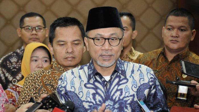 Zulkifli Hasan saat menghadiri Peringatan Hari Konstitusi dan Seminar Nasional, Jakarta, Minggu (18/8).