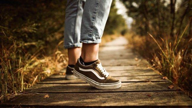 Telah 55 Tahun Eksis, Ini Alasan Sepatu Vans Diminati hingga Kini