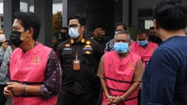 3 Tersangka Korupsi Pengadaan Tanah Pemakaman Jenazah Covid-19 Cimahi Ditahan di Rutan Kebon Waru