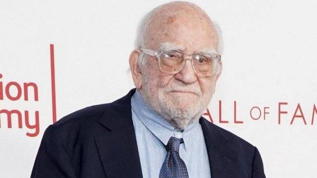 Aktor Pengisi Suara Carl Fredicksen di Film Up, Edward Asner, Tutup Usia pada Umur 91 Tahun