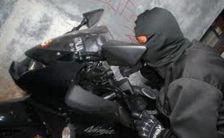 Curi Motor di RSUD Abdoer Rachem Situbondo, Sang Maling Tak Berkutik Ditangkap saat Pacaran