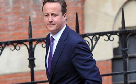 PM Inggris David Cameron Ikut Memprediksi Skor Liga Inggris