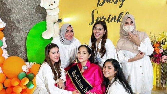 Jelang Melahirkan, Nagita Dapat Pesan dari Amy Qanita & Rieta Amilia, Istri Raffi Ahmad Nangis Haru