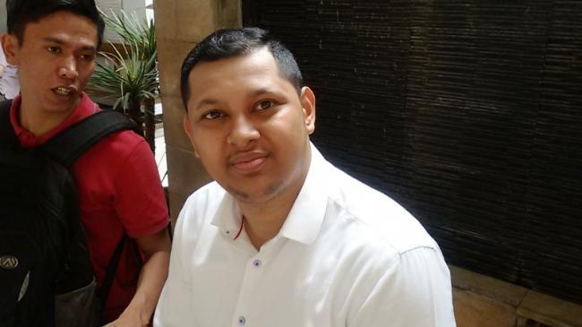 Nicholas Sean Purnama Bantah Adanya Hubungan Asmara dengan Ayu Thalia