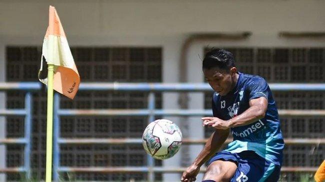 Sorotan Bhayangkara FC vs Persib BRI Liga 1 2021: Febri & Castillion Sempat Alami Cedera di Latihan