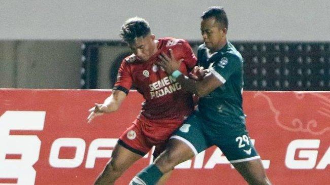 Hasil Liga 2 2021: I Gede Sukadana Dikartu Merah, 10 Pemain PSMS Medan Tahan Imbang Semen Padang 2-2