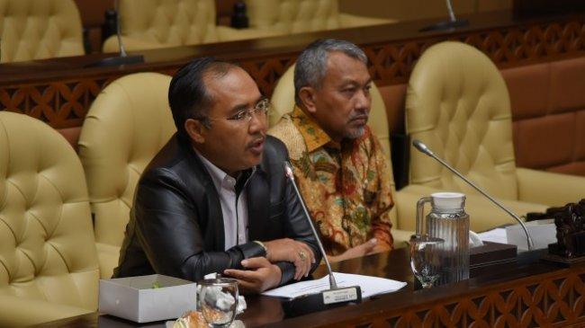 PKS: Apa Dosa DKI Jakarta, Sehingga Harus Pindah Ibu Kota?