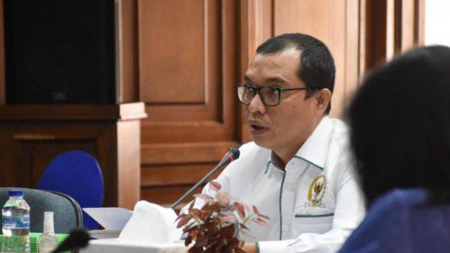Apresiasi Perpres 82/2021, Fraksi PPP Dorong Dimasukkannya Dana Abadi Pesantren Dalam APBN 2022
