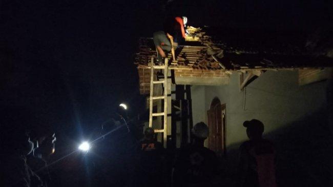 180 Rumah Rusak Akibat Angin Kencang di Kabupaten Kudus
