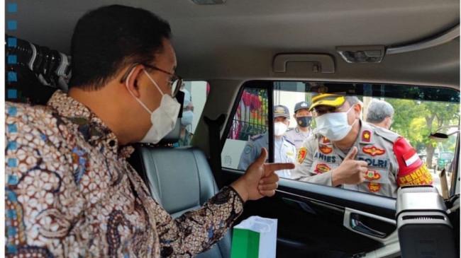 Momen Anies Tunjuk Anies, Seloroh Gubernur DKI Ucapkan Terima Kasih ke Wakapolsek Kebayoran Baru
