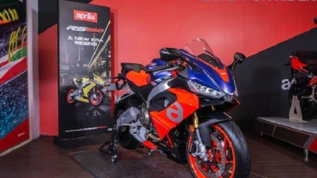 Dealer Motoplex Pajang Motor Teranyar Moto Guzzi dan Aprilia dengan DNA Balap
