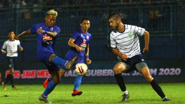 Skuat Lengkap Arema FC di BRI Liga 1 2021 - Drogba & Neymar Lokal Jadi Pelayan Carlos Fortes