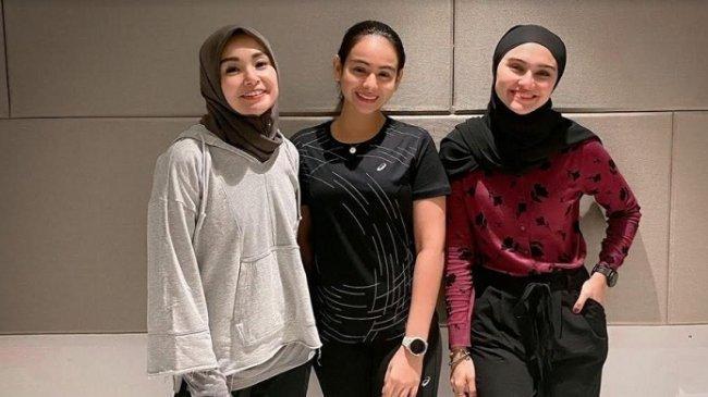 Soraya, Sahila, dan Zee Zee Shahab Bahas Pentingnya Pakai Kacamata, Bukan Sekadar Fashion