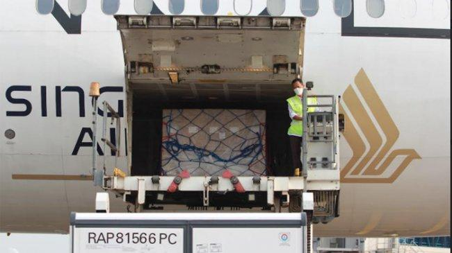 500 Ribu Dosis Vaksin AstraZeneca dari Australia Tiba Bandara Soekarno-Hatta Petang Tadi