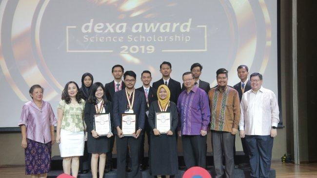 Dexa Award Science Scholarship 2020: Beasiswa Untuk Bangsa