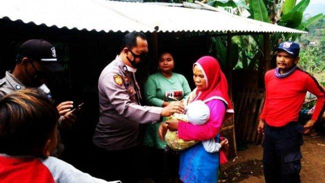 Balita Usia 2 Tahun Diduga Diterlantarkan Orangtuanya di Garut, Ada Sejumlah Luka di Wajahnya