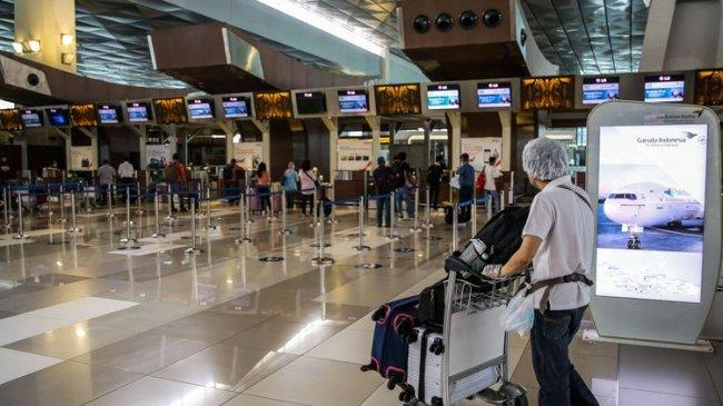 Aturan Perjalanan Pesawat Rute Internasional Kini Berubah, Karantina Penumpang Cukup 5 Hari