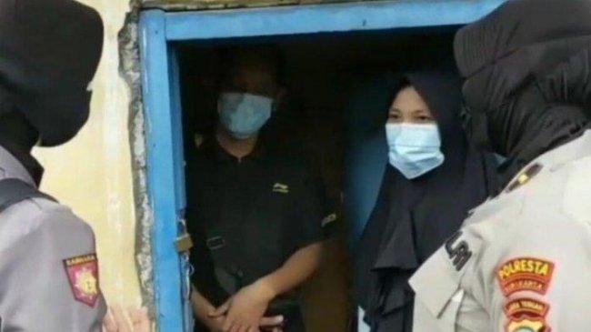 Cleaning Service asal Solo Minta Sepatunya Dibarter Susu Anak, Sang Istri Ungkap Fakta Mengejutkan