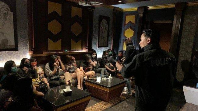 Nekat Beroperasi Saat PPKM, Tempat Karaoke dan Spa di Tangsel Ditutup Aparat