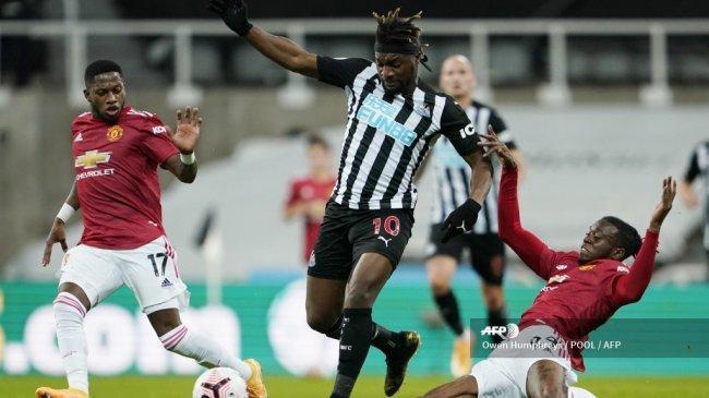 Allan Saint-Maximin Harapkan Newcastle United Bisa Bikin Repot Manchester United