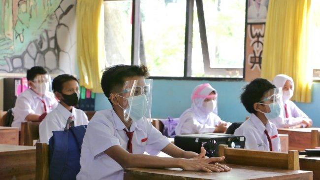 Pelanggaran Prokes, PTM di SDN 05 Jagakarsa Dihentikan, Kepala Sekolah dan Guru akan Dibina