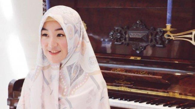 Ditanya Keinginan Menikah dalam Waktu Dekat, Larissa Chou Beri Jawaban Bijak