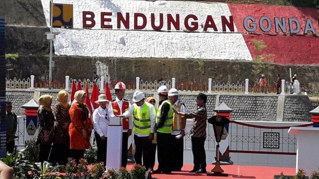 Jokowi Sebut Kebutuhan Bendungan Masih Minim